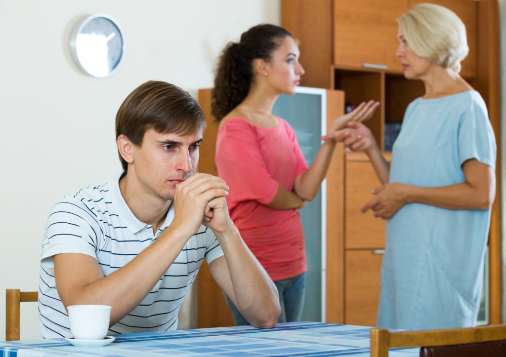 9 Ways to Set Boundaries with Difficult Family Members